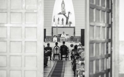 Editorial: celebración de bodas religiosas