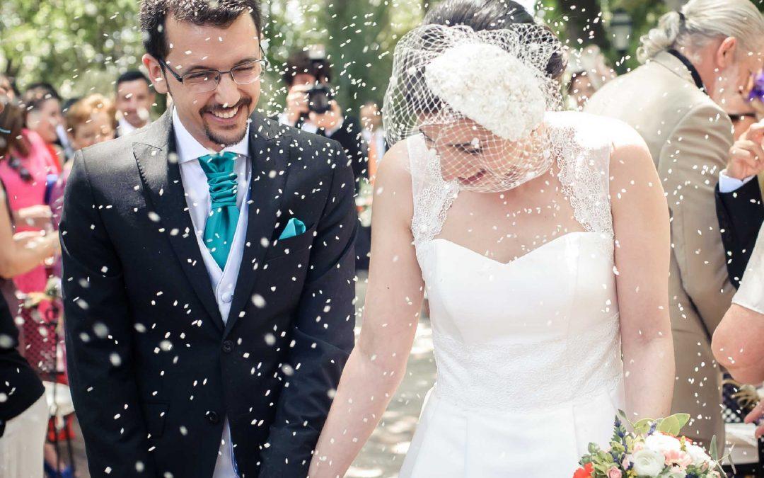 Editorial: celebración de bodas civiles